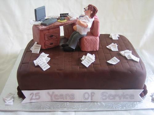 Wedding Anniversary Fondant Cake