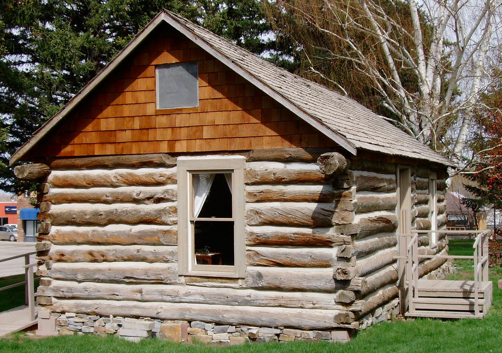 The Cottonwood Cabin at Old Mill Log Cabins   Wyoming ...  Old Log Cabins Wyoming