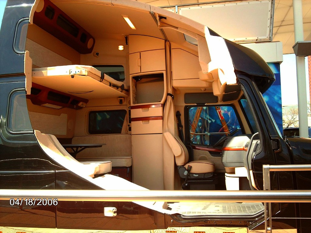Volvo Truck Inside Volvo VN780 cutaway in...