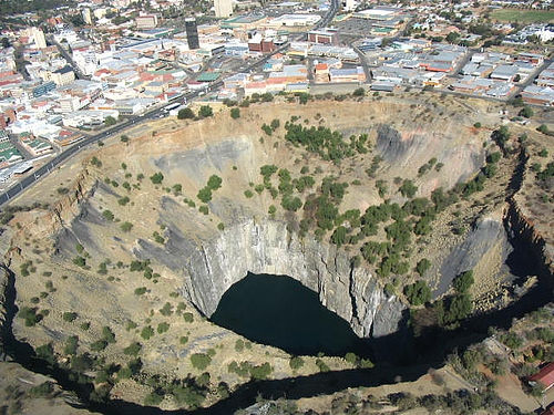 Kimberley Big Hole - South Africa | by DrJohnBullas