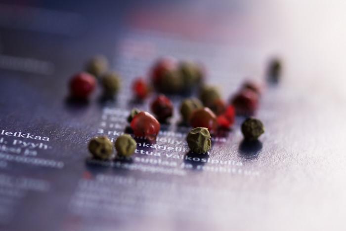 ruokaohje resepti reseptiikka pippuri punapippuri viherpippuri pippurisekoitus ruokakuvaus ruokakuva