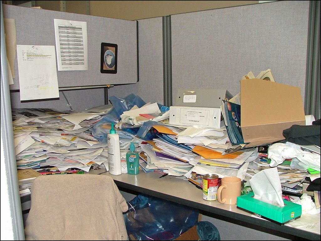 Cubicle Cleaning Services : Messy office cubicle i think the soup can has been