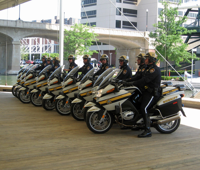 New Knox Co Bmw Sheriff S Cycles Units Of The Knox