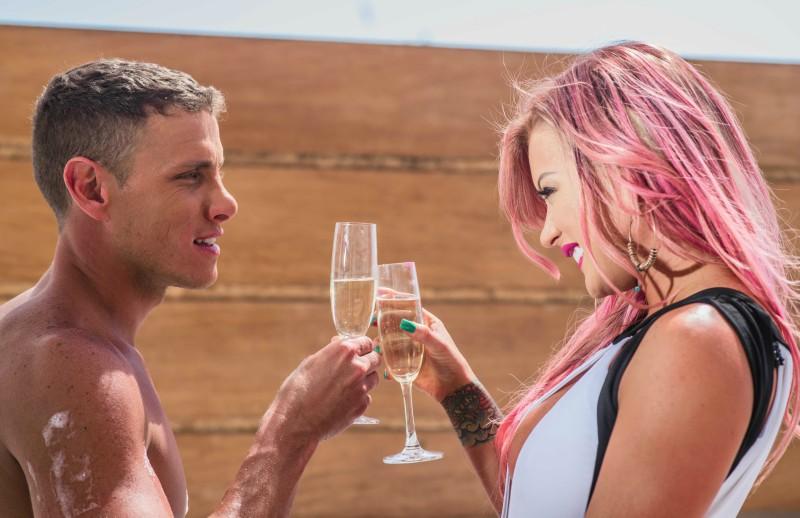 """Leslie Shaw lanza videoclip de """"Loco"""" y se consolida en género urbano"""