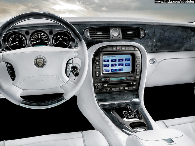 jaguar xj8 interior white car interior ww flickr. Black Bedroom Furniture Sets. Home Design Ideas