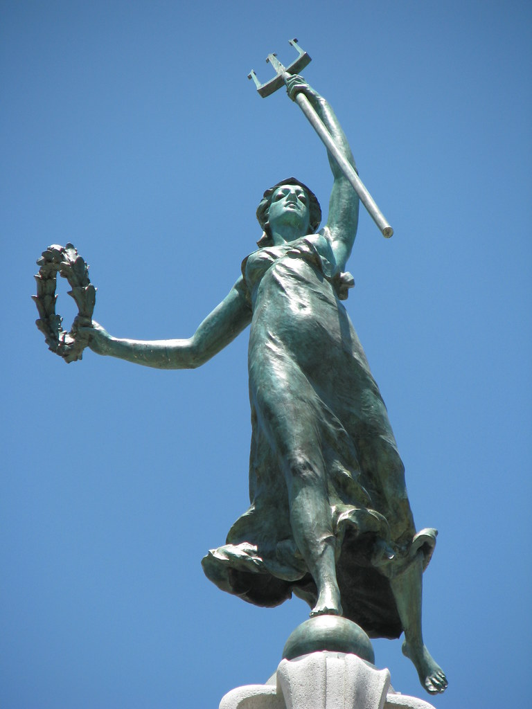Goddess Of Victory Holding A Trident Union Square Flickr