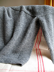 Cobblestone pullover detail | by coco knits