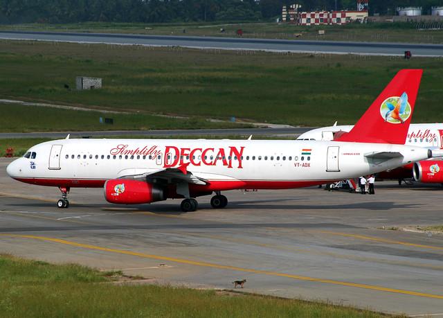 Simplifly Deccan A320 VT-ADX