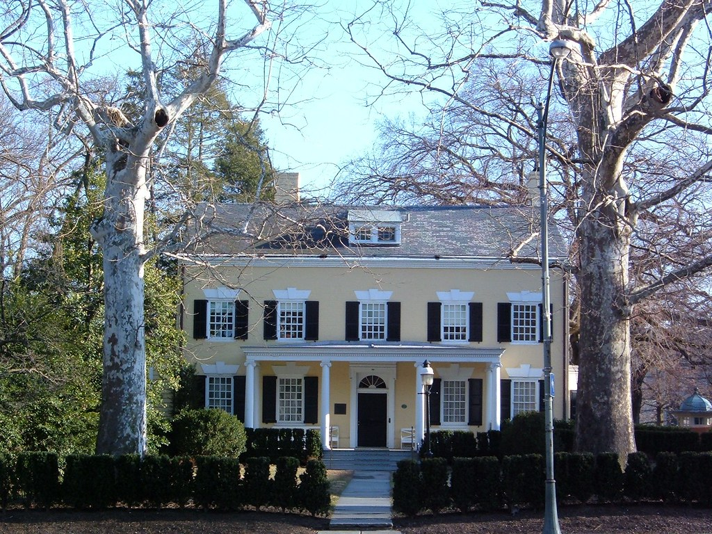 Maclean house on nassau street in princeton new jersey for Jersey house music