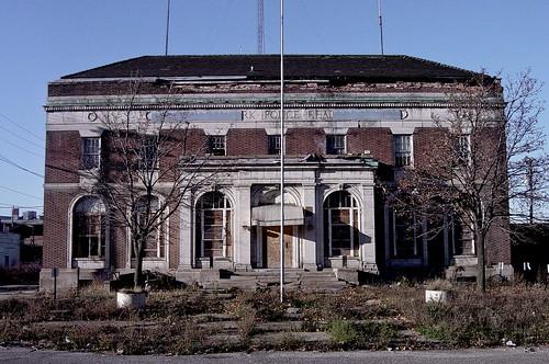 Abandoned Highland Park Police Station 11 07 Robert