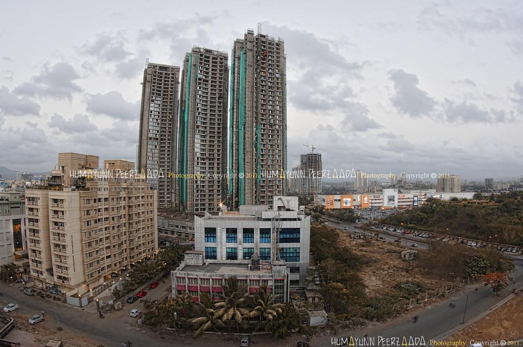 49/365 Rustomjee Elanza Towers, near Inorbit Mall, Malad ...