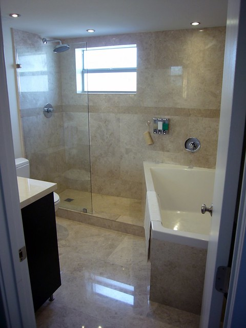 Http Www Pic2fly Com 8x8 Bathroom Design Html