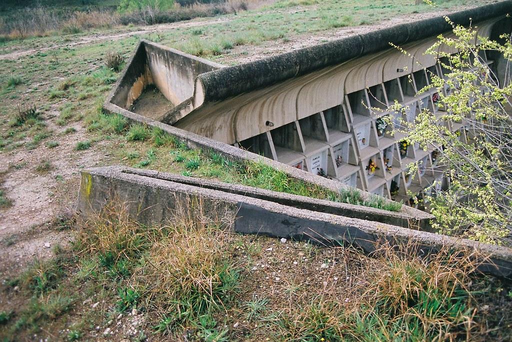 Cementerio De Igualada 1985 Arq Enric Miralles Y Carmen P