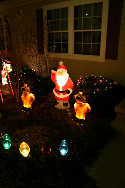 Christmas Eve Lights Explore ianturton s photos on Flickr.? Flickr - Photo Sharing!