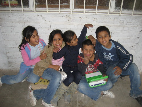 Mexican Children with OLPC XOs | by Barnaby