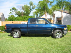 2001 Dodge Ram 2500 with 2006 rims - 4 | by davidwpb38