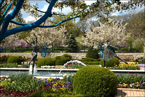 ... Kauffman Memorial Gardens   Kansas City, Missouri | By Frank Thompson  Photos