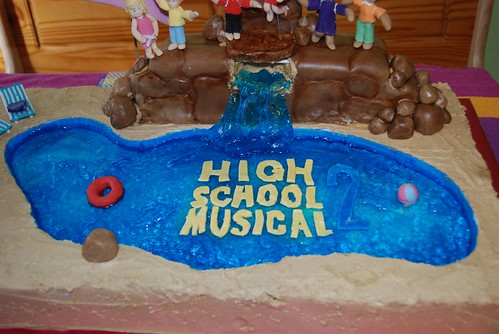 High School Musical 2 Cake 3 The Pool Was Carved By
