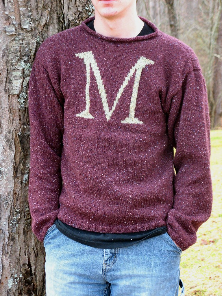 weasley sweater | for more details see my blog; turbochic536… | Flickr