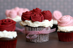Rose Covered Cupcakes | by Bakerella