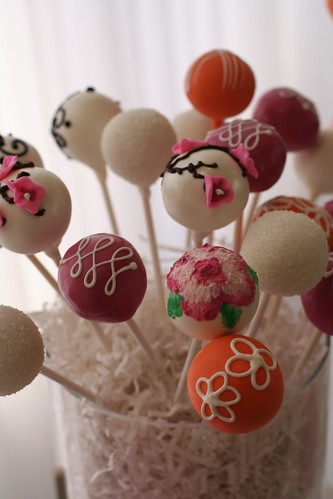 Hand Painted Flower Cake Pops | by Sweet Lauren Cakes