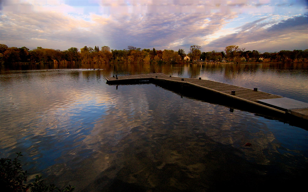 The l shaped dock lake como st paul dan flickr for L shaped lake