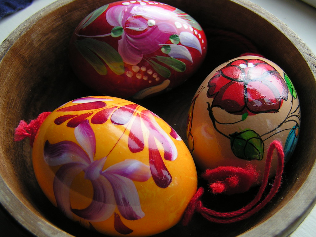 how to say happy easter in hungarian