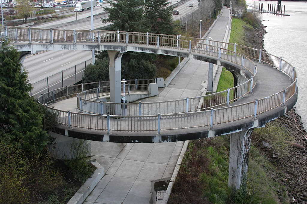 Spiral Path To Esplanade Morrison Bridge Brx0 Flickr