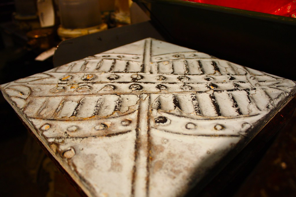 Tin tiles an architectural salvage shop in nyc chelsea for Architectural salvage nyc