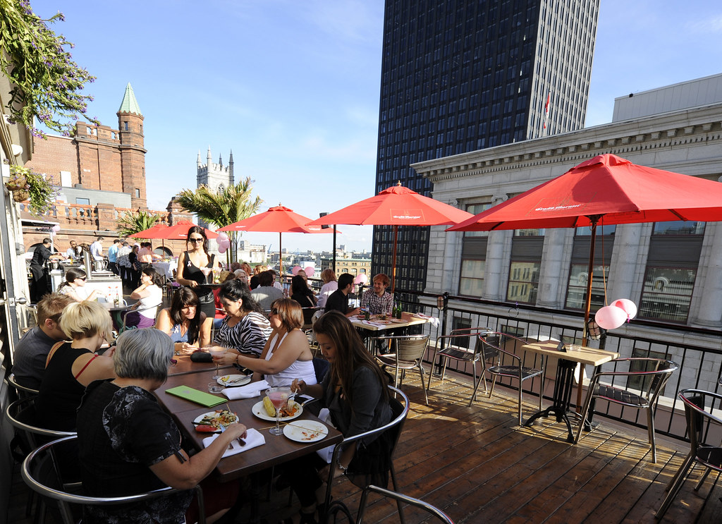 Old Montreal Restaurants With Terrace