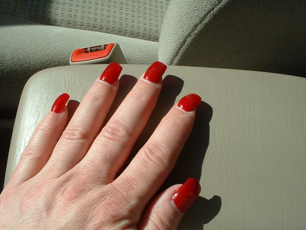 red acrylic nails in car | This was from March 2007 when I ...