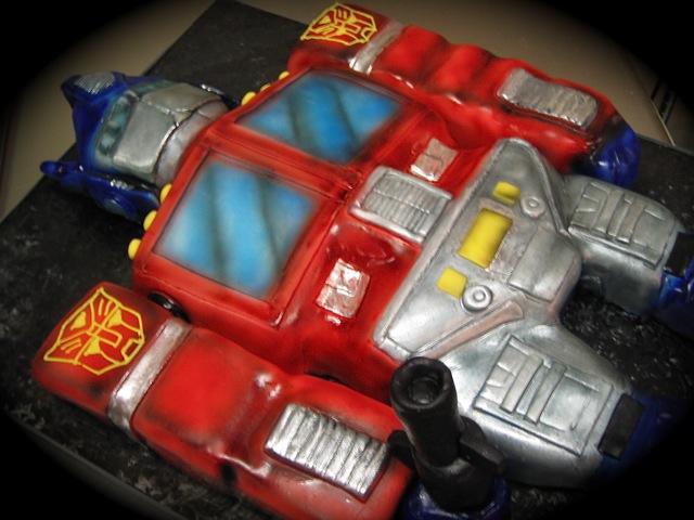 Transformers Optimus Prime Cake Pan