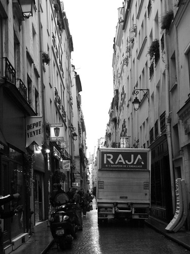 Narrow street | by Sundve