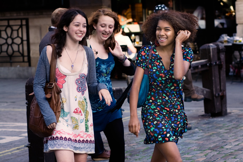 essay girls their summer dresses The girls in their summer dresses, a short story in third-person limited point of view by irwin shaw, tells of a young couple s conflict with commitment.