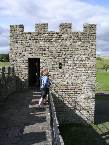 The Vindolanda reconstructed turret