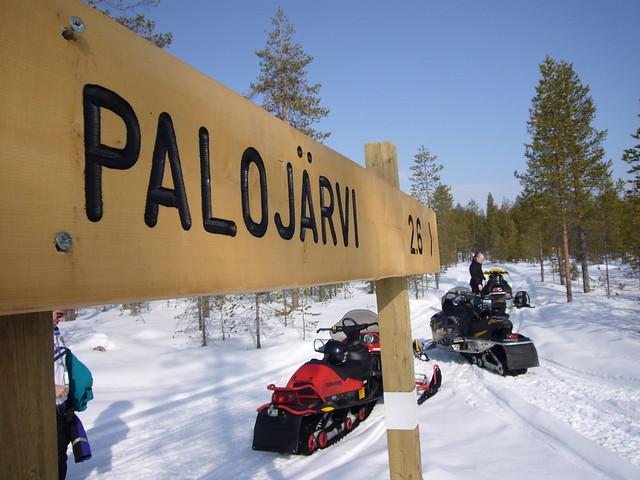 Safari con moto de Nieve en Rovaniemi