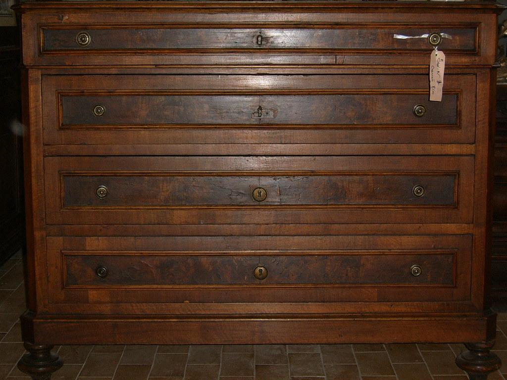 Com 39 800 com 800 4 cassetti con serrature legni for Design hochbett fa r erwachsene