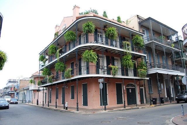 typical architecture french quarter vieux carr new. Black Bedroom Furniture Sets. Home Design Ideas