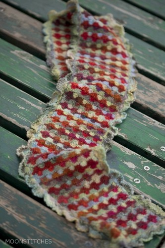 Rhubarb Scarf | by MOONSTITCHES mangetsu