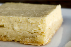 Vanilla Bean Cheesecake Bars