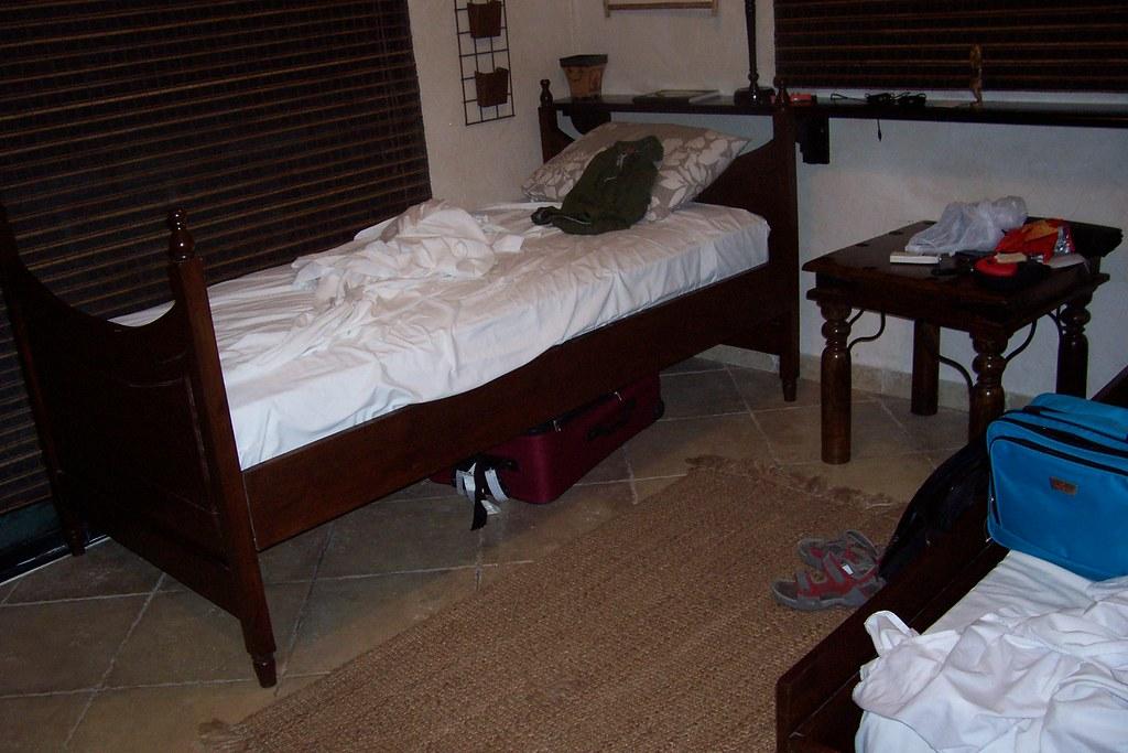 appart ma chambre mon lit cest lui par terre lyne beaulieu flickr. Black Bedroom Furniture Sets. Home Design Ideas