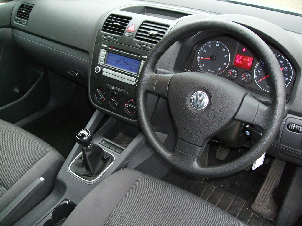 Volkswagen Golf R >> 2007 volkswagen golf 1.4 S   A boring plain interior. Overpr…   Flickr