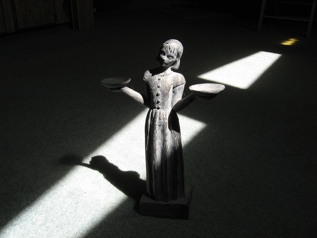 Bird Girl Midnight In The Garden Of Good Evil Statue Shirleystroup Flickr