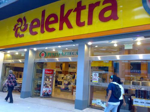 Elektra - Callao - Argentina | Frente de tienda. | Leonardo Ferrer | Flickr