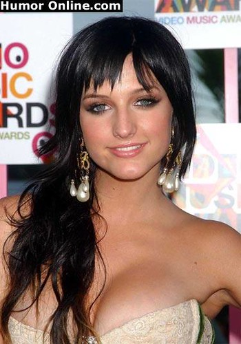 ashlee simpson hair up ashlee simpson with black hair