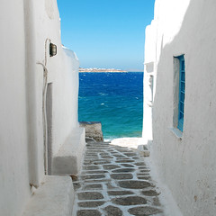 Seaside alley (Mykonos) | by MarcelGermain