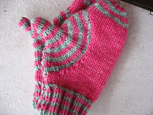 Target Wave mittens | by add_knitter