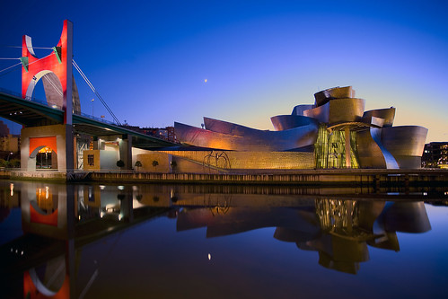 Museo Guggenheim Bilbao | by envisionpublicidad