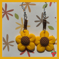 Orecchini girasole in fimo - polymer clay sunflower earrings | by *Merylu*  PetiteFraise