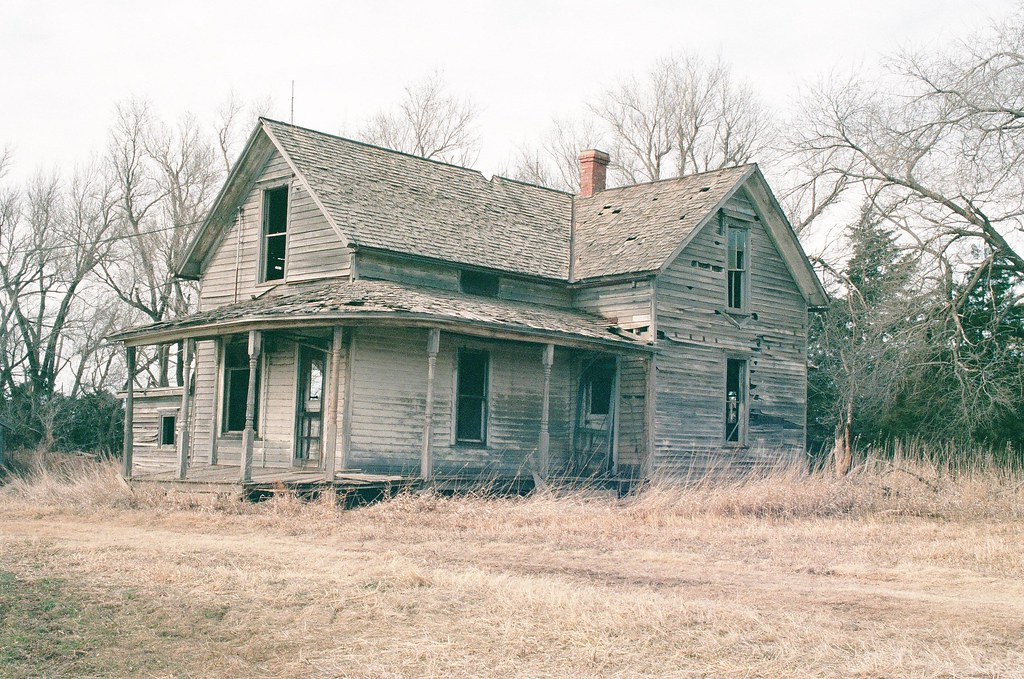 Old Farmhouse With Nice Porch We used to drive by this pla…